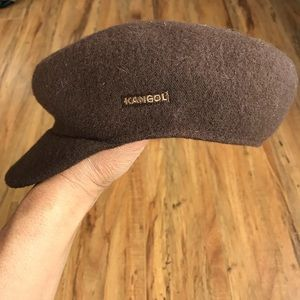 Unisex Kangol Wool Mau Cap